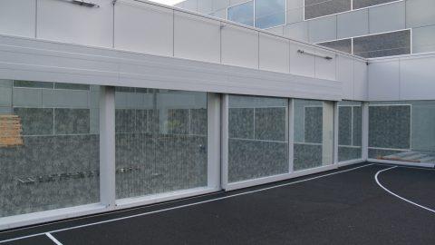 Portes esthétiques en design de façade - porte vitrée - architecture