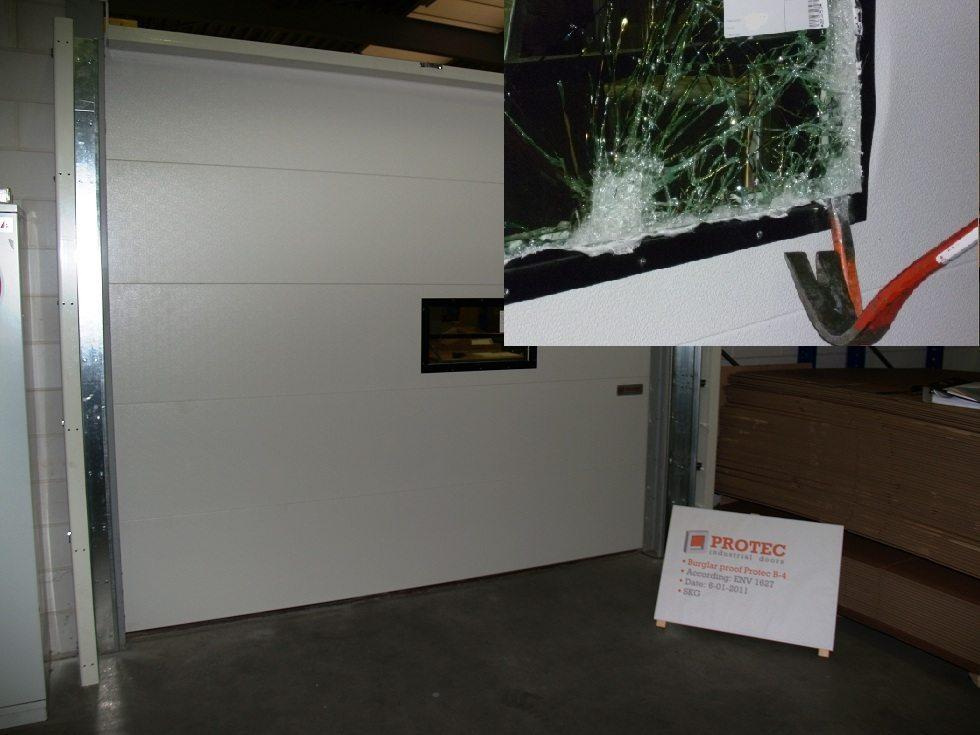 portes sectionnelles anti effraction maintenant aussi avec fen tres protec industrial doors b. Black Bedroom Furniture Sets. Home Design Ideas