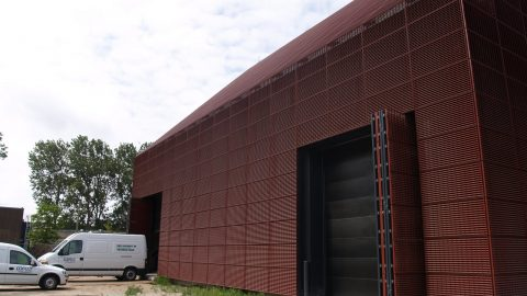 Portes sectionelles insonorisantes - Stebru - Protec Industrial Doors