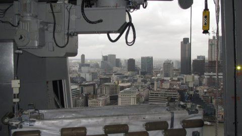 Portes aux niveaux élevés du Shard London - Protec Industrial Doors